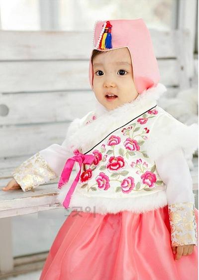 Ханбок Дольбок