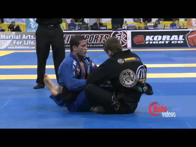 Rafael Mendes x Augusto 'Tanquinho' Mendes 2011 Mundial Finals W Adv