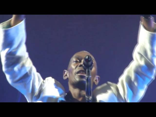 Faithless - Insomnia [HD HQ] Live 26 11 2010 Ahoy Rotterdam Netherlands