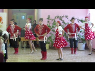 9 класс. Русско-народный танец