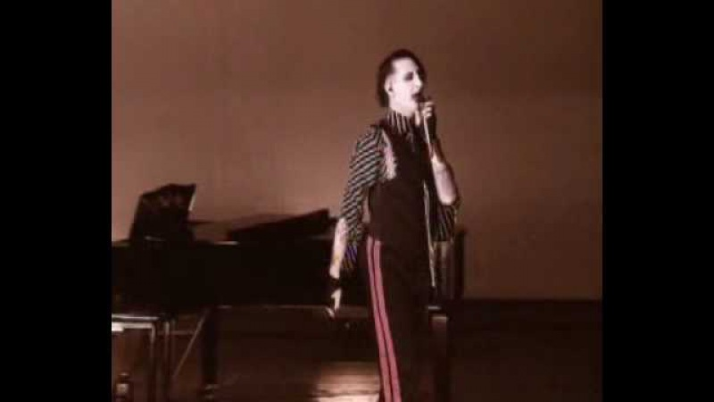 Marilyn Manson - Alabama Song (The Doors cover from Aufstieg und Fall der Stadt Mahagonny)