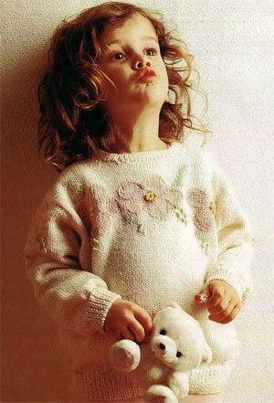 Джемпер с цветами спицами (5 фото) - картинка