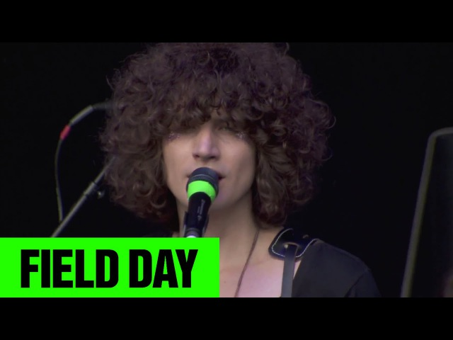 Temples - A Question Isn't Answered | Field Day 2014 | FestivoTV