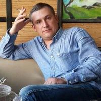 Денис Хуриев