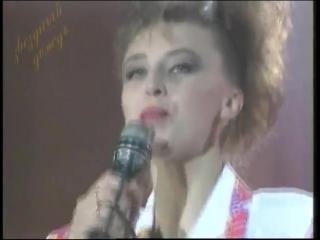 КЛИП НАТАЛЬИ ВАЛЕНТИНОВНЫ СЕНЧУКОВОЙ---ДОКТОР ПЕТРОВ.1994 ГОД.МУЗЫКА-АЛЕКСАНДРА БАРЫКИНА.