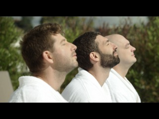 «Что творят мужчины! 2» (2015): Трейлер / http://www.kinopoisk.ru/film/765083/