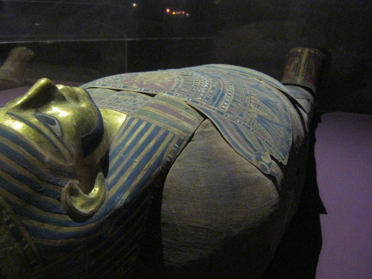 мумия древнеегипетского священника в Нубийском музее