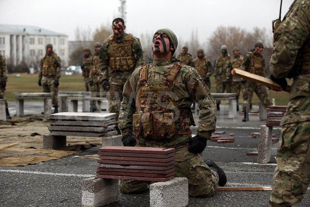 L'Armée Arménienne / Armed Forces of Armenia Y7xhcRX0688