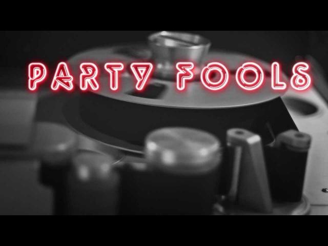 Ollie Vee - Party Fools