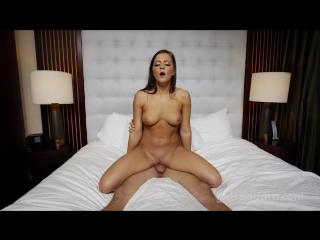 Genç kızı yatakta 720p porno