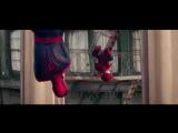 Реклама воды Evian Spider Man