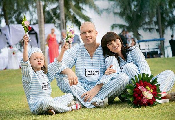 oK4zWFvJS o - Семейные фотографии резидентов Comedy Club