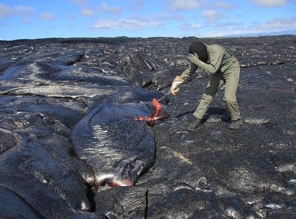 5jkU1m49wWE - Как быстро собрать немного вулканической лавы (ВИДЕО)