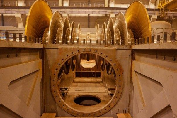 Aunc0wtocWU - Как построить Атомную электростанцию (недорого)
