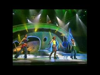 Группа ДЕВОЧКИ - Ведь я такая красивая сегодня (Песня Года)
