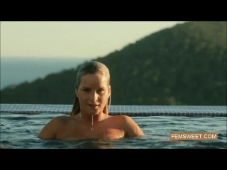 Nude swimmers : Piper Fawn and Marry Queen