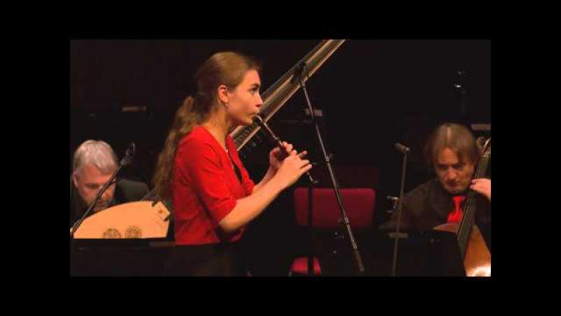 Lucie Horsch speelt fluitconcert Vivaldi
