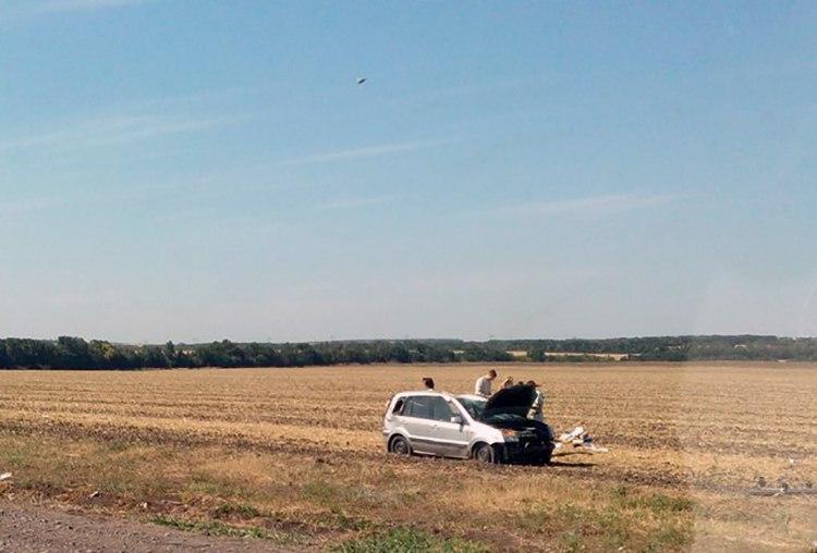 На трассе «Ростов-Таганрог» перевернулся Ford Fusion