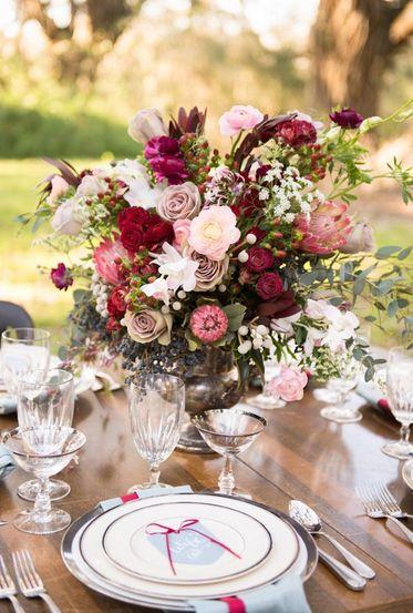 композиция на стол в винном цвете