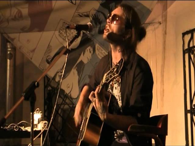 Психея - Шлюха (Live @ Сквот кафе 18.08.11)