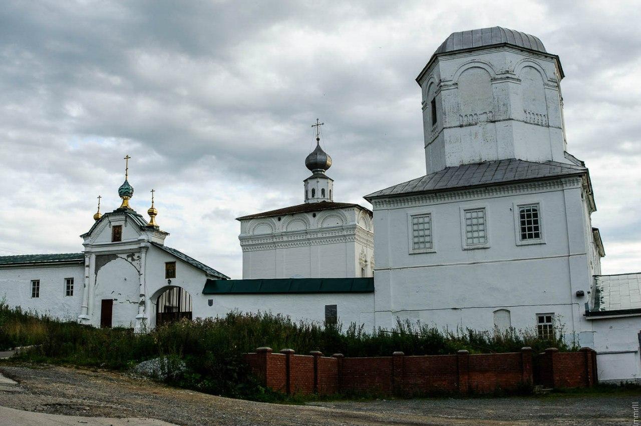 Ансамбль Троицкого (Вознесенского) мужского монастыря