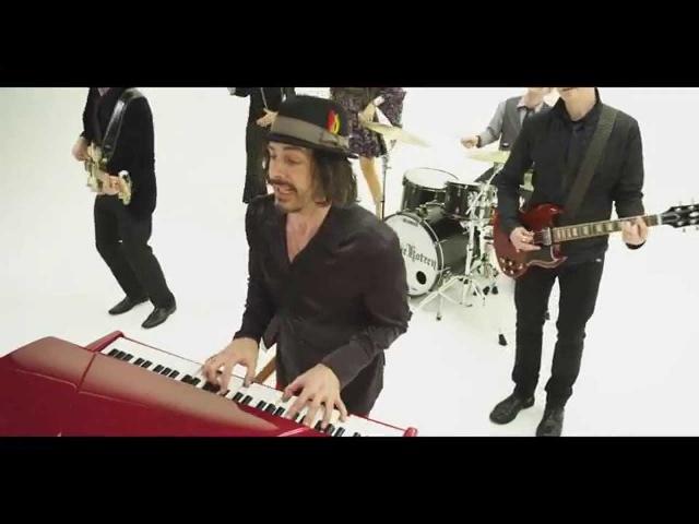 In An Instant (By Richie Kotzen) Official Music Video