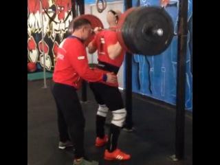 "Stas Darchinov on Instagram: ""Back Squat 210kg. Recent PR"""