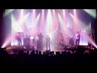 Caravan Palace - Rock It For Me [LIVE @LE TRIANON]
