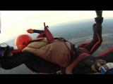 На видео запечатлен Андрей, не сферический, но закругленный, пусть не в вакууме, но в воздушной среде