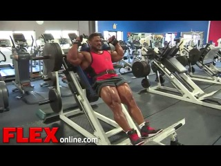 Roelly 'The Beast' Winklaar Legs Photoshoot