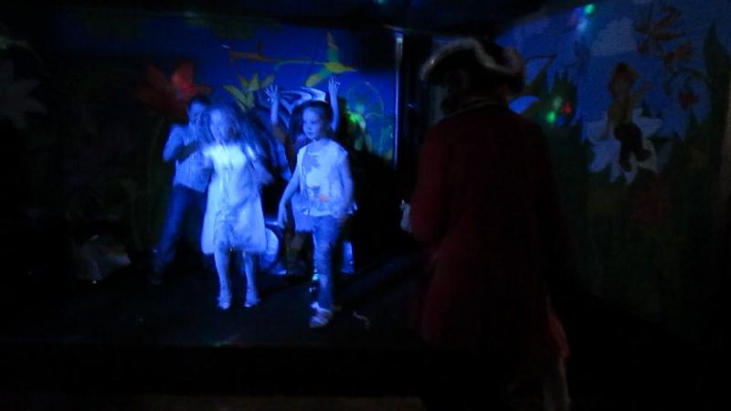День рождения Софи. дискотека. танцуют все!