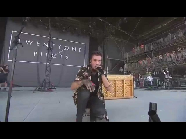 Twenty One Pilots - Lane Boy (Live In Bonnaroo 2015)