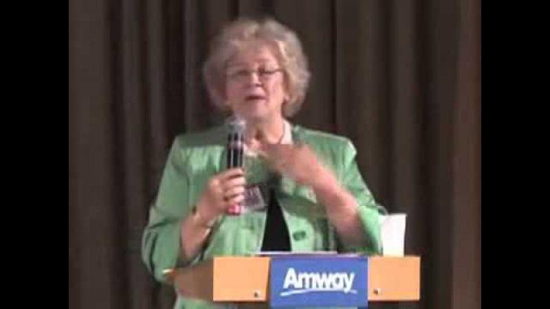 Мария Шляйфер коронованный посол Amway в Германии
