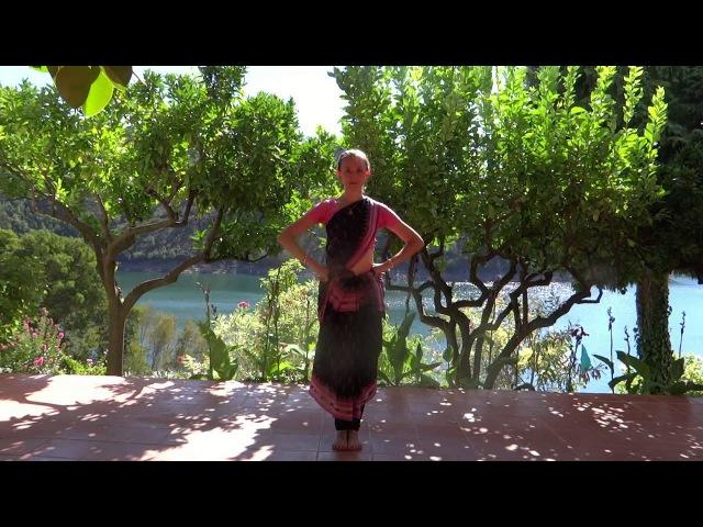 Базовые степы Одисси. Упражнения в позиции трибханга.