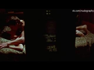 Голая Ольга Сутулова в фильме Ночь светла (2004, Роман Балаян)