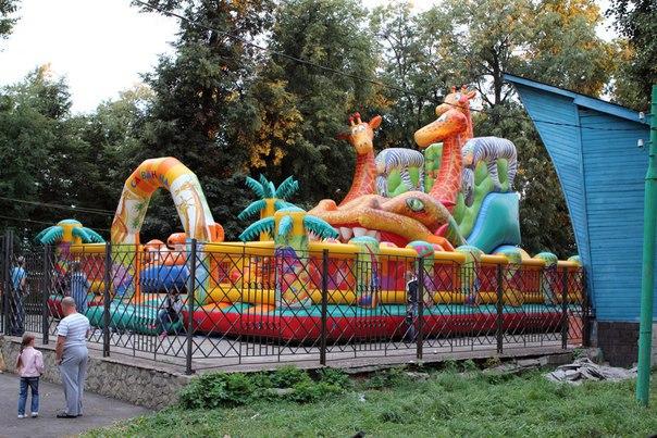 Новая детская площадка в парке и развлекуха для детей на День Города ;