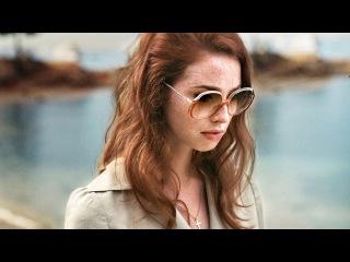 Дама в очках и с ружьем в автомобиле (2015) | Трейлер