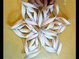 Объемная снежинка из бумаги своими руками.