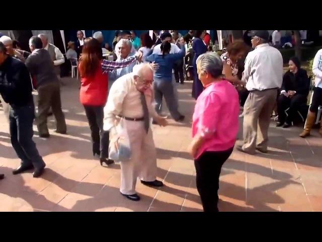 Танцующий дед Супер дед