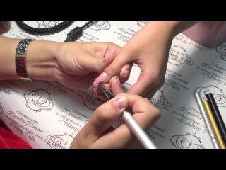 Выкладной френч современный миндаль. Таранова Татьяна.  Работа выполнена гелями ТМ ISR nail care.