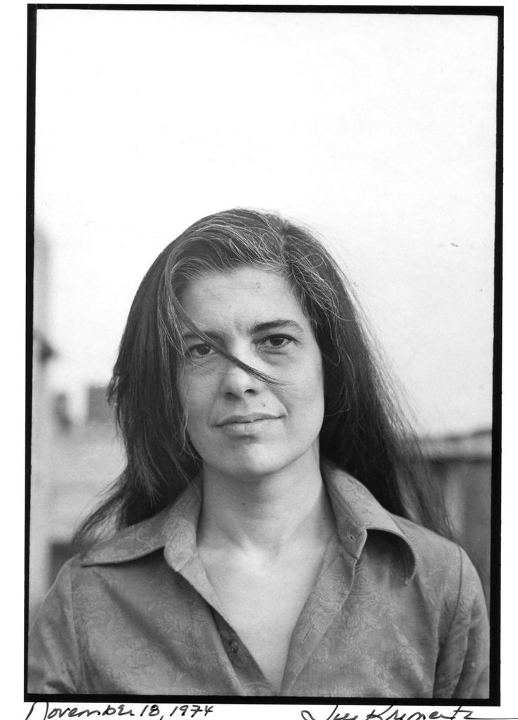 susan sontag in her 1977 essay on photography Susan sontag's 1977 monograph on photography is composed of six named chapters, or essays, which form a weakly related progression from conceptualization through history and implementation, to the then-current understanding.