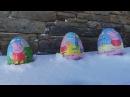 Шоколадные яйца со Свинкой Пеппой в сугробе  UNWRAPPING PEPPA PIG CHOCOLATE EGGS IN A SNOW PILE