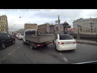 ДТП ДТП на площади Ломоносова в СПб. 31.10.2014
