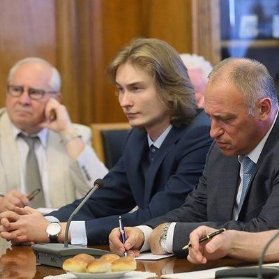 Владимир Шишлов