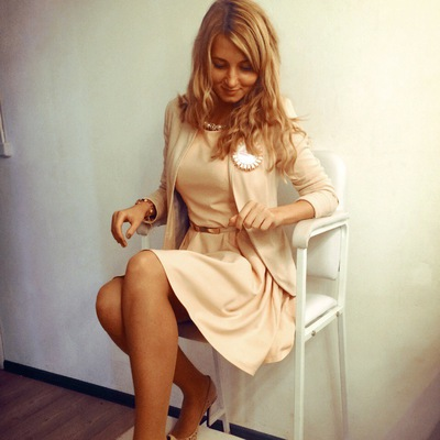 Яна Бухарева