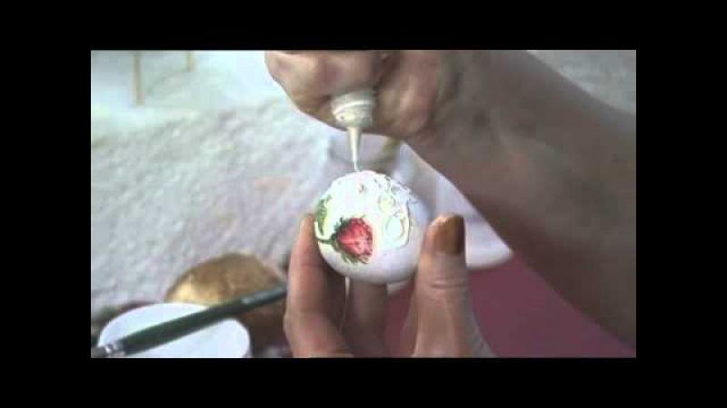 Декупаж. Двушаговый кракелюр, контурная роспись яйца.