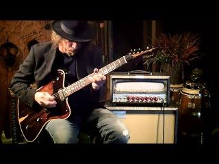 Echopark Guitars Ghetto Bird FG Case studies featuring the Vibramatic Head and 'Tall cab