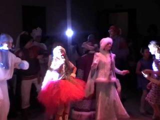 Василиса Матвеева - Снегурочка(Авторская песня, День рождения Дедушки Мороза) Бал сказок