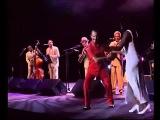 Compay Segundo Live at Olympia con el rey del tornillo Silvio Y Alicia
