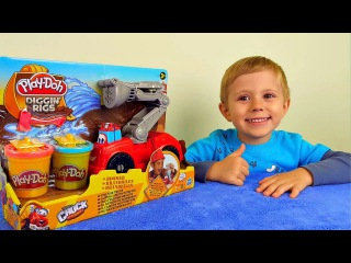 Пожарная машинка Play Doh и малыш Даник. Лепим пластилином Плей До